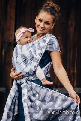 Baby Wrap, Jacquard Weave (100% cotton) - PAINTED FEATHERS WHITE & NAVY BLUE - size XL